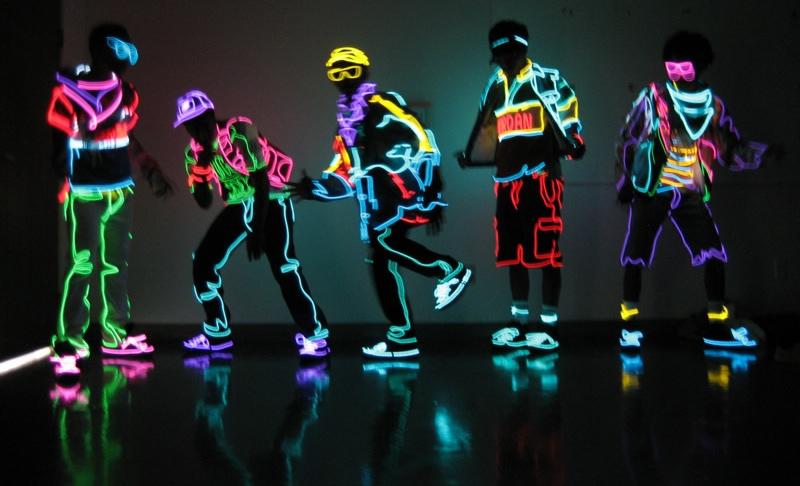 fringues neon festival